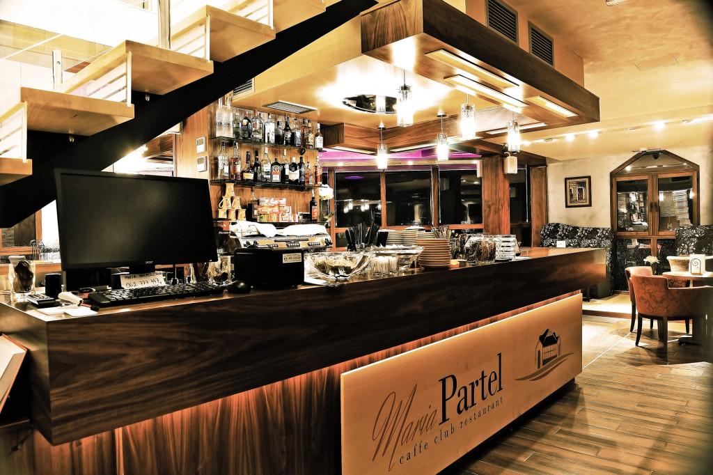 Maria Partel _ Restoran _ Caffe bar _  Inđija