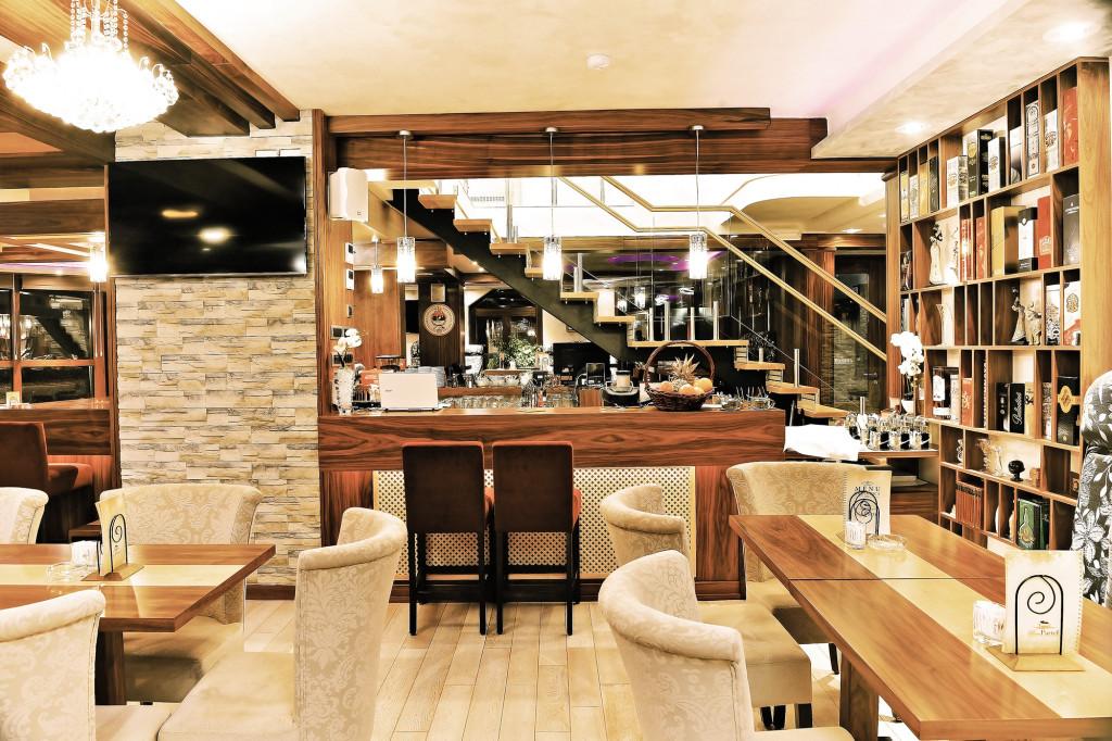 Maria Partel _ Restoran _ Caffe bar _ Club Inđija