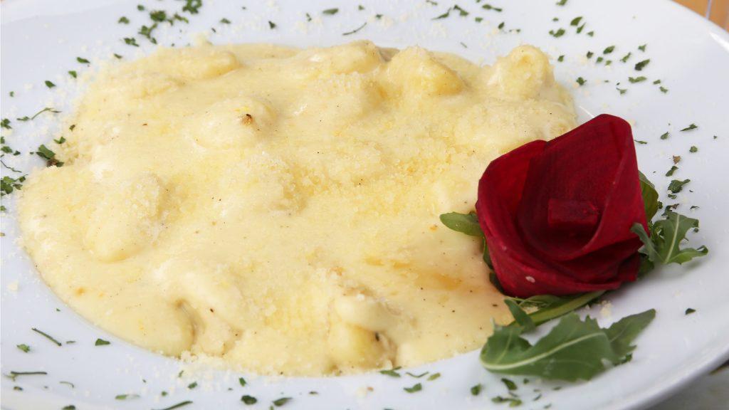 partel_0039_pasta sa 4 vrste sira IMG_1554