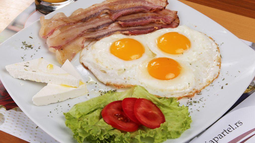 partel_0078_Jaja sa slaninom